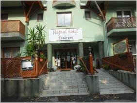 Exterior view, Hotel Hajnal, Mezokovesd