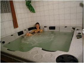 Hotel Hajnal - Mezokovesd, Jacuzı