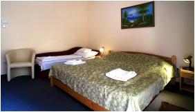 Comfort háromágyas szoba - Hajnal Hotel