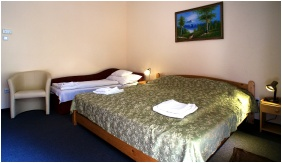 Comfort triple room - Hotel Hajnal