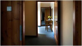 - Hajnal Hotel