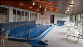 Hotel Halaszkert, Badacsony, Inside pool