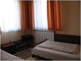 Hotel happy budapest een kamer met twee bedden foto 3 - Hoe aparte een kamer in twee ...