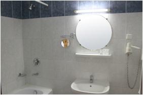 Fürdőszoba - Hotel Három Gúnár