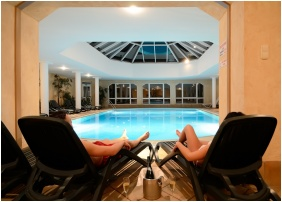 Swimming pool, Hotel Hasik, Dobronte