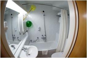Hunguest Hotel Helikon, Keszthely, Bathroom