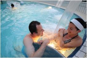Hunguest Hotel Helios, Adventure pool