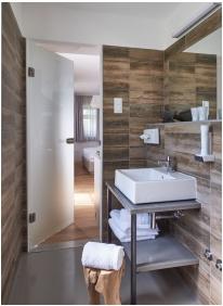 Hotel Hercegasszony, Bathroom - Mezotur