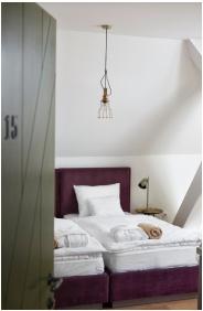 Sleeping room - Hotel Hercegasszony
