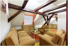 Hotel Historia & Historante, Veszprem, Family Room