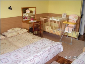 Family apartment, Hotel Hoforras and Resort, Gyula