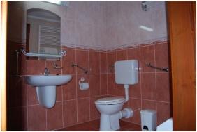 Hotel Hoforras and Resort, Gyula, Bathroom