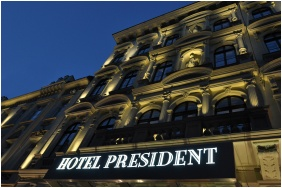 Front view, Hotel President, Budapest