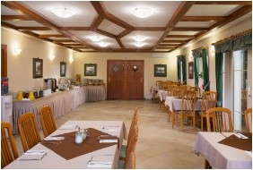 Hotel Honti, Breakfast room