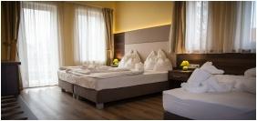 Comfort triple room, Hotel Jade, Veszprem