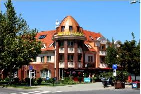 Hotel Jarja, Building - Hajduszoboszlo