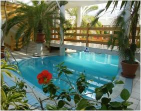İnsıde pool, Hotel Kakadu, Keszthely