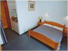 Kétágyas szoba, Hotel Kakadu, Keszthely