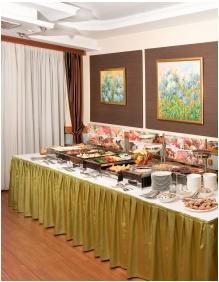 Buffet breakfast, Hotel Kalvaria, Gyor