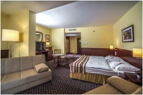 Hotel Kapitány Superior Wellness, Sumeg,