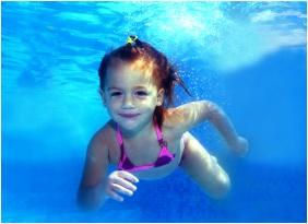 Hotel Karos Spa, Swmmn pool
