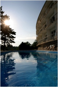 Art & Fit Hotel Kikelet - Pecs, Outdoor pool