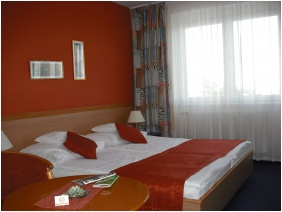 Art & Fit Hotel Kikelet - Pecs, Standard room