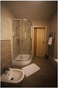 Fürdőszoba, Hotel Kiss, Tata