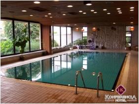 Belső medence, Hotel Konferencia, Gyôr