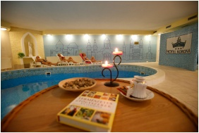 Hotel Korona Wellness, Conference & Wine, Eger, Swimming pool