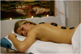 Massage - Hotel Korona Wellness, Conference & Wine