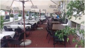 Terrace - Hotel Korona Hajduszoboszlo
