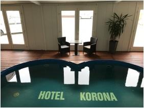 Hotel Korona Hajdúszoboszló, Fedett medence