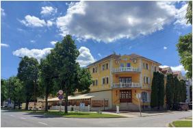 Hotel Korona, Aussensicht - Hajduszoboszlo