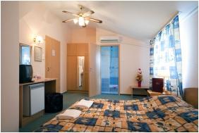 Double room, Hotel Kristaly, Keszthely