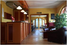 Hotel Laroba, Recepció környéke