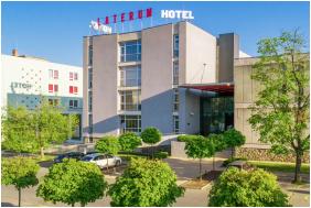 Laterum Konferencia & Wellness Hotel, Épület