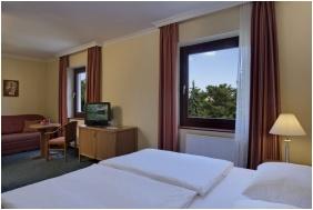 Trple room, Hotel Lover, Sopron