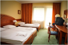 Trple room, Hotel Lover, Sopron