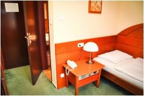 Egyágyas szoba, Hotel Lővér, Sopron