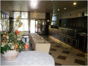 Hotel Magistern Conference & Wellness, Reception area - Siofok