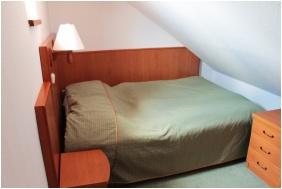 Háromágyas szoba, Magita Hotel, Erdôbénye