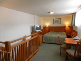 Magita Hotel, Háromágyas szoba
