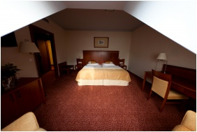 Hotel Magyar Kiraly, Szekesfehervar, Superior room