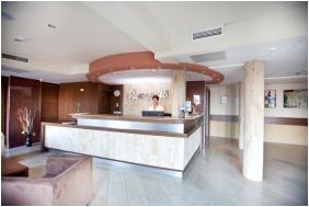Reception - Hotel Makar Sport & Wellness