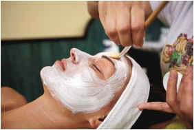 Cosmetics - Hotel Makar Sport & Wellness