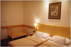 Hotel Marına Port, Playınğ room for chıldren