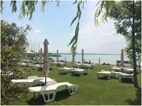 - Hotel Marina-Port
