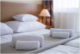 Hotel Marina-Port, Balatonkenese,