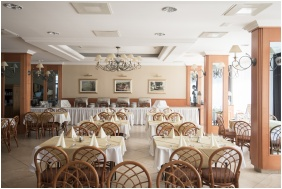 Hotel Marina Port, Restaurant